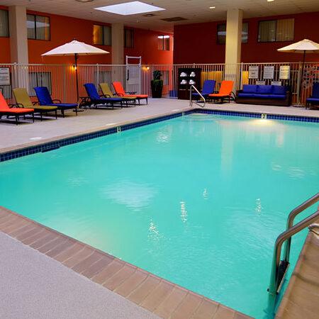 Inside-Pool